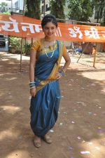 at Mahesh Manjrekar_s film on location Janiva in Kandivli, Mumbai on 24th May 2014 (70)_5381c119c4af7.JPG