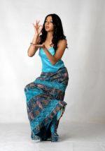 Bhumika Chawla (18)_538587d607fbd.jpg