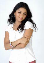 Bhumika Chawla (19)_538587d67cfe4.jpg