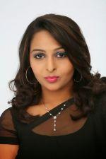 Divya Prabha  (21)_538591f5bd57b.jpg