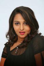 Divya Prabha  (23)_538591f697014.jpg