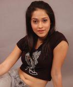 Nusrath Barucha Photos (149)_538592d6596a2.jpg