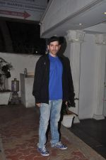 Luv Sinha at Shahid Kapoor_s bash for dad Pankaj Kapur in Villa 69, Mumbai on 28th May 2014 (46)_5386d76ac8b5b.JPG