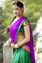 Kesha Khambati (3)_538b19ddd45ed.jpg