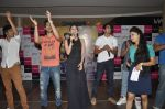 Arfi Lamba, Kiara Advani, Vijender Singh, Mohit Marwah with Fugly team visits Viviana Mall in Thane on 1st June 2014 (310)_538bf18de7fb2.JPG