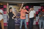 Kiara Advani, Vijender Singh, Mohit Marwah with Fugly team visits Viviana Mall in Thane on 1st June 2014 (280)_538bf204b15b5.JPG