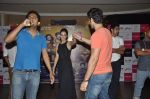 Kiara Advani, Vijender Singh, Mohit Marwah with Fugly team visits Viviana Mall in Thane on 1st June 2014 (308)_538bf20720629.JPG