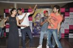 Kiara Advani, Vijender Singh, Mohit Marwah with Fugly team visits Viviana Mall in Thane on 1st June 2014 (310)_538bf192d061a.JPG