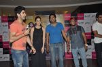Kiara Advani, Vijender Singh, Mohit Marwah with Fugly team visits Viviana Mall in Thane on 1st June 2014 (315)_538bf2087ec78.JPG