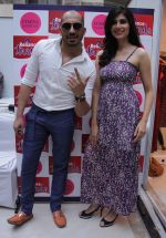Singer Ali Quli Mirza & Showstopper Vanya Mishra at the _Femina Festive Showcase 2014_ Gurgaon Summer Fashion Show.1jpg_538c5b371e8f7.jpg
