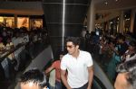 Vijender Singh with Fugly team visits Viviana Mall in Thane on 1st June 2014 (258)_538bf0e0b18d0.JPG