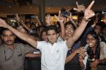 Vijender Singh with Fugly team visits Viviana Mall in Thane on 1st June 2014 (261)_538bf0e23a266.JPG
