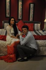 Sooraj Thapar, Padmini Kolhapure on sets of Ekk Nayi Pehchaan for Sony in Filmcity, Mumbai on 2nd June 2014 (35)_538d8a3034ade.JPG