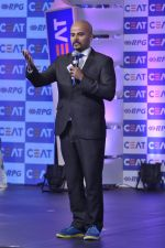 at Ceat Cricket rating awards in Trident, Mumbai on 2nd June 2014 (35)_538d89ce8a30c.JPG