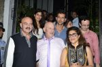 Hrithik Roshan snapped with his family in NIDO on 3rd June 2014 (4)_538ec24a645ff.JPG