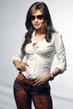 Riya Sen photo shoot on 3rd June 2014 (17)_538ef4816d26d.jpg