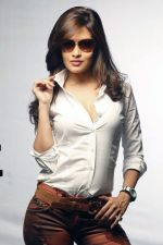 Riya Sen photo shoot on 3rd June 2014 (18)_538ef4820197d.jpg