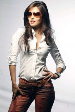 Riya Sen photo shoot on 3rd June 2014 (21)_538ef483bc26e.jpg