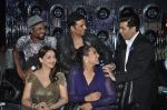 Akshay Kumar, Sonakshi Sinha, Karan Johar, Madhuri Dixit, remo D Souza promote Holiday on the sets of Jhalak Dikhhla Jaa Season 7 in Filmistan on 4th June 2014 (102)_539019434fd16.JPG