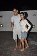 Anita Hassanandani snapped at PVR on 4th June 2014 (11)_53901733a4211.JPG