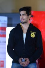 Sidharth Malhotra at Ek Villian music concert in Mumbai on 4th June 2014 (134)_53901ab702585.JPG