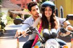 Sidharth Malhotra, Shraddha Kapoor in the still from movie Ek Villian (13)_539051de6ecc0.JPG