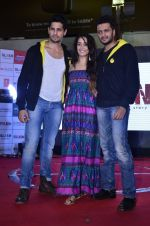 Sidharth Malhotra, Shraddha Kapoor, Riteish Deshmukh at Ek Villian music concert in Mumbai on 4th June 2014 (53)_53901b7c2d2d9.JPG