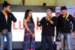Sidharth Malhotra, Shraddha Kapoor, Riteish Deshmukh, Mohit Suri at Ek Villian music concert in Mumbai on 4th June 2014 (129)_53901a4918b6b.JPG