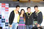 Sidharth Malhotra, Shraddha Kapoor, Riteish Deshmukh, Mohit Suri at Ek Villian music concert in Mumbai on 4th June 2014 (138)_53901a4a1730a.JPG