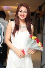 Aksha Pardasany New Stills (39)_53915a9194c92.jpg