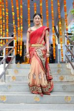 Haripriya Latest Stills (9)_539157a2d3262.jpg