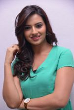 Isha Chawla Photo Shoot (15)_539157cd05310.JPG
