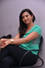 Isha Chawla Photo Shoot (22)_539157d034c5c.JPG