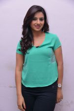 Isha Chawla Photo Shoot (48)_539157de30025.JPG