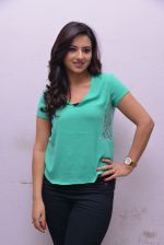 Isha Chawla Photo Shoot (51)_539157dff1666.JPG