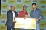 Mahesh babu at Idea Students awards 2014 on 4th June 2014 (196)_5391533bb398e.JPG