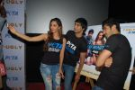 Mohit Marwah, Kiara Advani, Arfi Lamba at the Promotion of Fugly at PETA on 5th June 2014 (46)_53918bc39be06.JPG