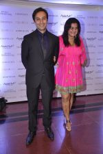Divya Palat, Aditya Hitkari at Gemfields red carpet in Trident, Mumbai on 6th June 2014 (53)_539301cdc1014.JPG