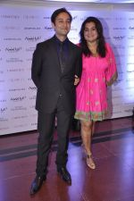 Divya Palat, Aditya Hitkari at Gemfields red carpet in Trident, Mumbai on 6th June 2014 (56)_539301d20f0de.JPG