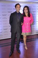 Divya Palat, Aditya Hitkari at Gemfields red carpet in Trident, Mumbai on 6th June 2014 (58)_539301d2a6452.JPG