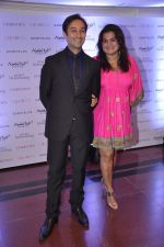 Divya Palat, Aditya Hitkari at Gemfields red carpet in Trident, Mumbai on 6th June 2014 (59)_539301d341105.JPG