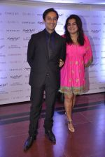 Divya Palat, Aditya Hitkari at Gemfields red carpet in Trident, Mumbai on 6th June 2014 (61)_539301d3c857a.JPG