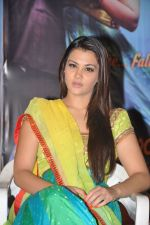 Nazia Hussain at Neejathaga nenundaali teaser launch on 7th June 2014 (46)_5393cfee6cba3.JPG