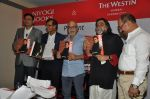 Pritish Nandy laucnhes book on Aamir Khan written by Pradeep Chandra in Westin, Mumbai on 8th June 2014 (49)_53955ac4b491a.JPG