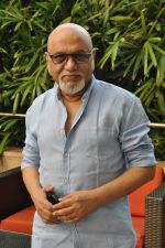 Pritish Nandy laucnhes book on Aamir Khan written by Pradeep Chandra in Westin, Mumbai on 8th June 2014 (6)_53955ae02c242.JPG