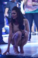 Drashti Dhami at the Promotion of Humshakals on Jhalak Dikhhla Jaa Season 7on 10th June 2014 (69)_5398220954198.JPG
