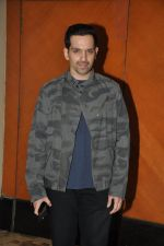 Luv Sinha at Shatrughan_s success bash hosted by Pahlaj Nahlani in Spice, Mumbai on 14th June 2014 (19)_539d00e7228e8.JPG