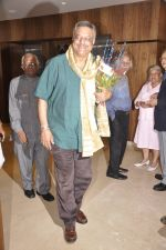 Siddharth Kak at Nana Chudasma bday in CCI, Mumbai on 17th June 2014 (120)_53a1839b05801.JPG