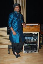 Shahid Mallya at Lateef film music recording in Goregaon on 19th June 2014 (34)_53a39ad9bd617.JPG