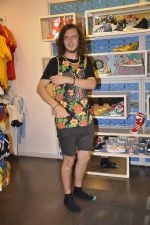 Australian DJ Thomas Jack snapped at Adidas showroom at Palladium on 21st June 2014 (18)_53a648348a7fc.JPG
